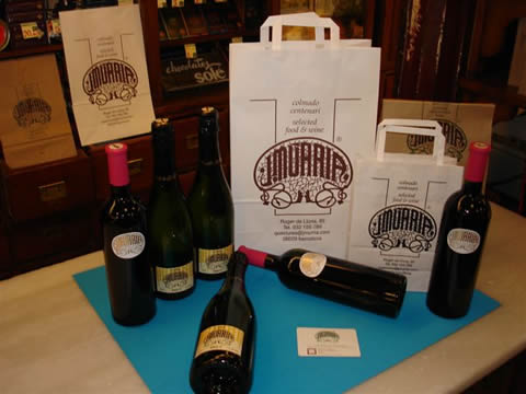 photo of own label wines and cavas and exclusive packaging for people with refined taste by colmado Múrria Barcelona Spain